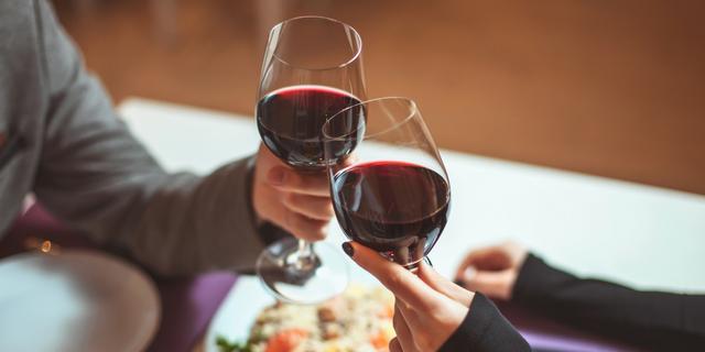 Valentine's Day | Valentine's Day Restaurants | Outlet Shopping