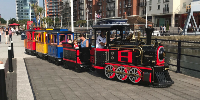 Mini Loco at Gunwharf Quays