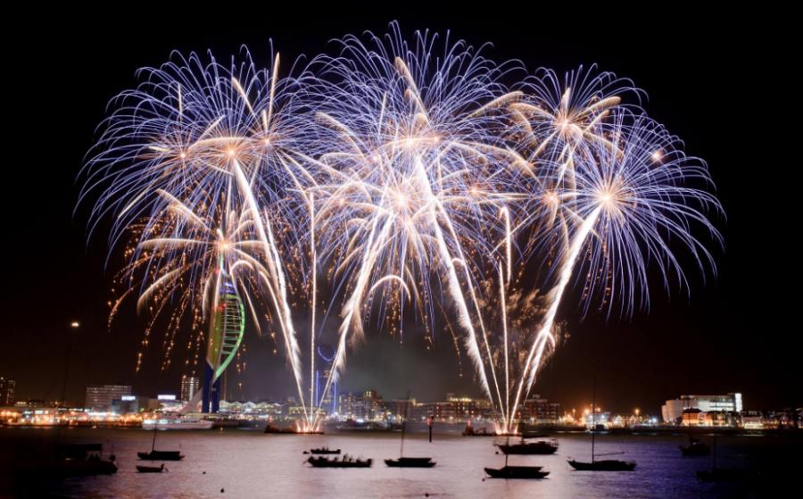 Fireworks Extravaganza | Gunwharf Quays