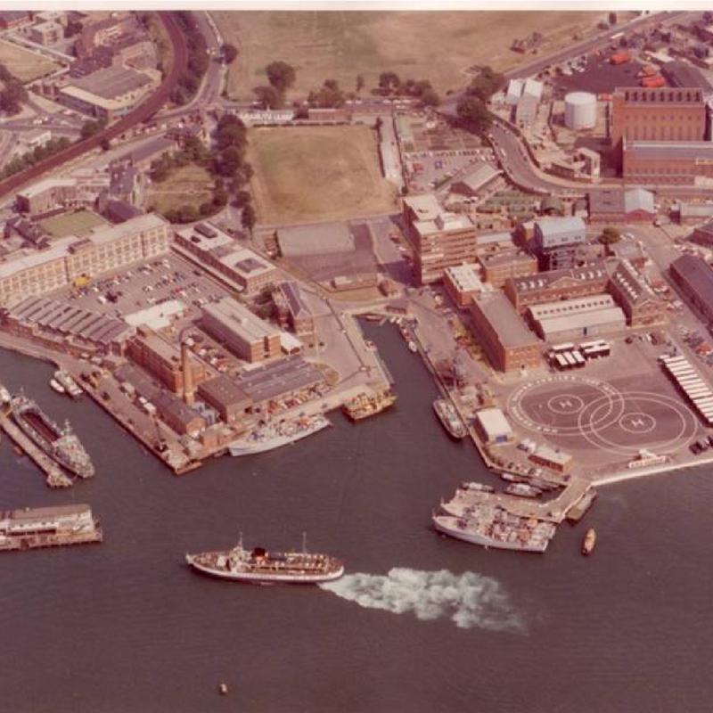 HMS VERNON 1977
