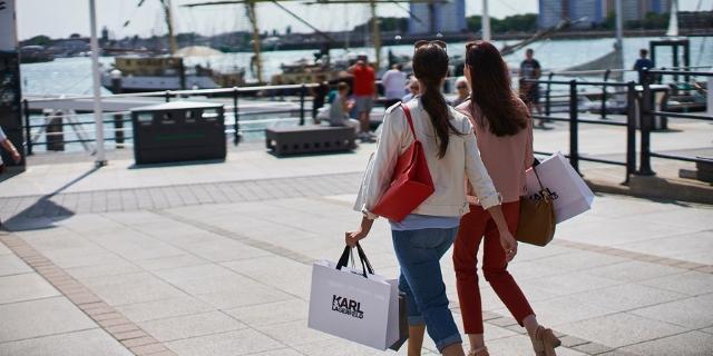 Outlet Shopping | Gunwharf Quays